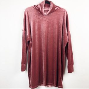 ⭐️ Urban Outfitters Velour Turtleneck Tunic Dress